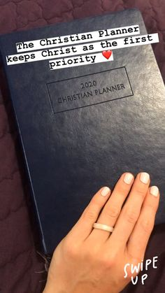 Great Pic daily planner videos Strategies Paper planners are effective only if you use them properly and regularly. Here are a few ways to get Soap Bible Study, Bible Study Notebook, Bible Study Tips, Sermon Notes, Bible Notes, Bibel Journal, Devotional Journal, Bible Encouragement, Verse