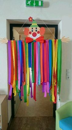 Kids Crafts, Clown Crafts, Carnival Crafts, Preschool Crafts, Diy And Crafts, Paper Crafts, Clown Party, Diy Halloween Costumes For Kids, Spring Crafts
