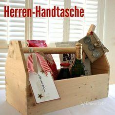 Herren Handtasche für den Vatertag. Ein persönliches und selbstgemachtes Geschenk zum Vatertag! Noch mehr Ideen gibt es auf www.Spaaz.de