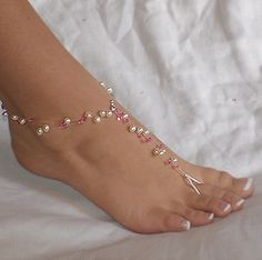 Ceremony will be outdoors so entire wedding party (females) will wear foot jewelry