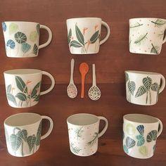 23 Clever DIY Christmas Decoration Ideas By Crafty Panda Ceramic Tableware, Ceramic Cups, Ceramic Art, Pottery Mugs, Ceramic Pottery, Pottery Art, Pottery Painting, Ceramic Painting, Painted Pots