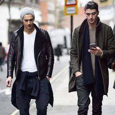 Add Cool-Factor With Grunge Layers Styling Ideas To Steal From Fashionable Men | The Zoe Report #streetstyle