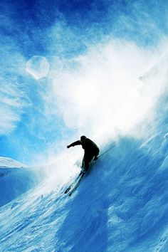 640-Skiing-Over-Snow-l