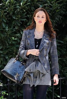 "I noticed a post I wrote about ""Blair Waldorf's"" style on Gossip Girl has been getting a lot of views. Gossip Girl Blair, Gossip Girls, Mode Gossip Girl, Estilo Gossip Girl, Blair Waldorf Gossip Girl, Gossip Girl Outfits, Gossip Girl Fashion, Blair Waldorf Outfits, Blair Waldorf Stil"