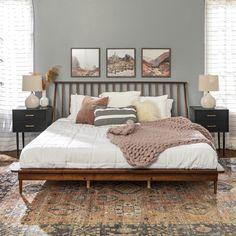 Wood Spindle Bed Solid Wood Platform Bed, Bed Platform, Platform Bed Designs, Modern Platform Bed, Room Ideas Bedroom, Home Bedroom, Master Bedroom Furniture Ideas, Adult Bedroom Ideas, Modern Boho Master Bedroom