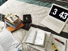 krystalstudies:  9 March | A calm chaos of studying.