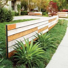 front porch horizontal fence | horizontal reused fencing