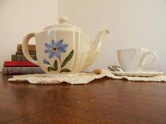 Blue flower tea pot