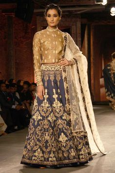 Anju Modi - Indian Couture Week 2014 - Gold ivory and powder blue lehenga - chariot detail - Indian Couture #thecrimsonbride