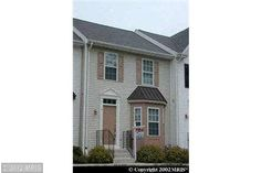 Subject to Short Sale aproval.  3 bedroom and 2 bathdroom townhouse.