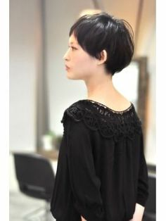 Trendy Ideas For HairStyles Discovred by : otter kana Medium Hair Cuts, Short Hair Cuts, Short Hair Styles, Asian Short Hair, Girl Short Hair, Short Hairstyles For Women, Bob Hairstyles, Pam Pam, Hair Arrange