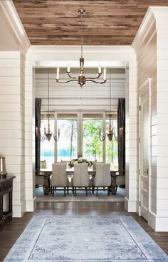 Love the contrast between the walls and ceilings. Good idea for an older house with ship lap walls! Wall Trim Moulding Design Ideas, Pictures, Remodel and Decor Design Entrée, The Design Files, Deco Design, Design Ideas, Foyer Design, Design Styles, Design Inspiration, Luxury Interior Design, Home Interior