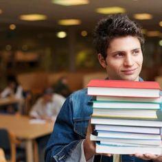 Uno de cada cuatro estudiantes universitarios dejaría el sexo por un año a cambio de tener libros...