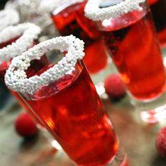 Holiday Raspberry Shooters - Splash of Black Raspberry Sparkling Ice - 1 oz vanilla flavored vodka - White nonpareils 90 calories each Fun Drinks, Yummy Drinks, Alcoholic Drinks, Party Drinks, Christmas Drinks, Holiday Cocktails, Christmas Shots, Christmas Entertaining, Christmas Stuff