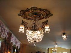 Romantic Victorian decor