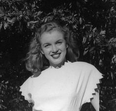 Norma Jeane by Erwin Steinmeyer, 1946 Young Marilyn Monroe, Pin Up, Norma Jeane, Butches, Celebs, Celebrities, Rare Photos, Model Agency, Old Hollywood
