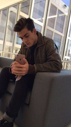 "(Grayson Dolan) ""hey I'm Grayson and I'm 19 and single and I enjoy skateboarding and basketball. Intro?"""