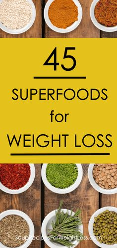 Superfoods can be a nutritious solution for a healthy, permanent weight loss. Here you'll find a complete list of superfoods that will help you lose weight. Best Weight Loss Plan, Quick Weight Loss Tips, Weight Loss Snacks, Healthy Weight Loss, How To Lose Weight Fast, Losing Weight, Reduce Weight, Easy Diet Plan, Superfood Recipes
