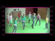Een ander lichaamsdeel (dramaoefening bij lesmethode DramaOnline) - YouTube Theatre Games, Theater, Dramas Online, Wolf, Ambulance, Classroom, Teaching, Youtube, Education