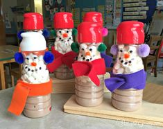 Christmas Gifts for Parents ~ Coffee Creamer Snowmen Coffee Creamer Snowmen<br> The perfect Christmas gifts for parents from their children! Teachers are going to love this recycled project made from plastic coffee creamer containers. Diy Christmas Presents, Christmas Gifts For Coworkers, Homemade Christmas Gifts, Homemade Gifts, Kids Christmas, Holiday Crafts, Diy Gifts, Handmade Christmas, Coffee Creamer Bottles
