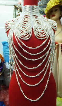 EVITA J002 Showgirl Cabaret Pageant Vegas Drag Bead Pearl Necklace Choker