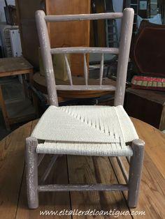 Recuperamos una silla anea recuerdo familiar. Hoy estamos de nuevo con un trabajo muy personal, pese a que os pueda parecer una pieza muy popular, no por e