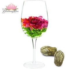 WANG ZI QIAN HONG A Refreshing Blooming Green Tea! This is a refreshing combo of hand-tied Green Needle Tea with Carnation flower in the center. Carnations, Teas, White Wine, Alcoholic Drinks, Bloom, Green, Flowers, Crafts, Collection