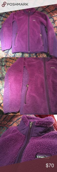 🍇Purple Patagonia ZipUp🍇 classic patagonia in excellent/ perfect condition. seldom worn zipup purple fleece. sooo comfortable and soo cute. size tag was removed inside but it's a small Patagonia Tops Sweatshirts & Hoodies