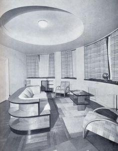 Salón de visitas de la sección de departamentos en el edificio Capitol en Madrid. Fecha: 1935