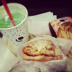 Burger crevettes, soda melon.
