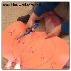 Name Activities Preschool, Preschool Fine Motor Skills, Fall Preschool, Learning Skills, Preschool Halloween, Pumpkin Preschool Crafts, Learning Activities, Halloween Activities, Pre K Pumpkin Crafts