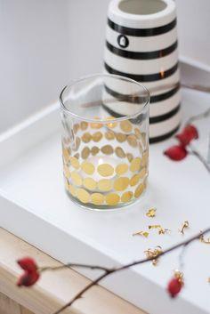 s i n n e n r a u s c h: Kerzenglas mit Prägefolie verzieren