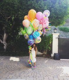 Baby Shower Bouquet, Diana, Sims Baby, Molly Sims, Big Balloons, More Fun, Wind Chimes, New Baby Products, Congratulations