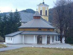 Lipt.Lúžna - kostol Najsvätejšej Trojice