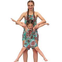 Vestir madre e hija igual con el mono de verano de estilo étnico, es la última moda #verano #modainfantil #madre #madreehija #mamá #niñas Twins, Kids Fashion, Style, Latest Fashion, Ethnic Style, Sons, Spring Summer, Recipes, Swag