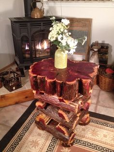 Live-edge log table, Eastern Red Cedar Free Form Rustic Cabin Furniture, Beautiful Redwood Design on Etsy, $495.00 Cedar Furniture, Log Cabin Furniture, Live Edge Furniture, Steel Furniture, Rustic Furniture, Diy Wood Projects, Furniture Projects, Furniture Making, Wood Crafts
