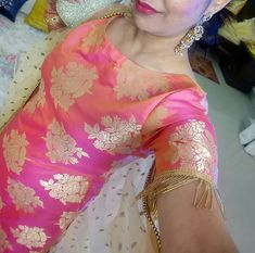 Patiala Suit Designs, Salwar Designs, Kurti Designs Party Wear, Kurti Sleeves Design, Kurta Neck Design, Blouse Neck Designs, Banarsi Suit, Simple Indian Suits, Little Girl Gowns