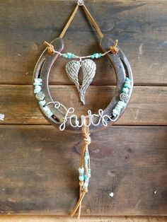 Add a little luck to your favorite room or barn with this adorable Angel Wing design Beaded with seafoam greens, light Horseshoe Projects, Horseshoe Crafts, Horseshoe Art, Horseshoe Ideas, Beaded Horseshoe, Lucky Horseshoe, Art Fer, Crafts To Do, Arts And Crafts
