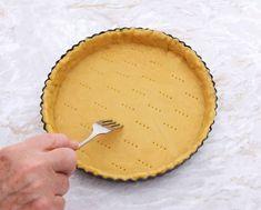 Základný recept na krehké cesto Cookie Recipes, Dessert Recipes, Hungarian Recipes, Sweet Pie, Baking And Pastry, Kaja, Sweet Recipes, Food To Make, Sweet Tooth