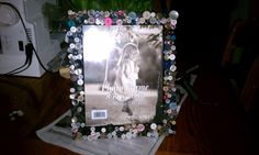 Creative way to decorate a plain picture frame.