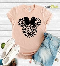 What to Wear to Disney World - Instinctively en Vogue Cute Disney Outfits, Disney World Outfits, Disney World Shirts, Disney Clothes, Disney Fashion, Disneyland Shirts, Disneyland Outfits, Safari Shirt, Star Wars Outfits