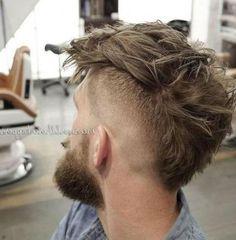 Hair Men Mohicano Super Ideas - New Site Medium Hair Cuts, Short Hair Cuts, Medium Hair Styles, Curly Hair Styles, Mullet Haircut, Mullet Hairstyle, Mohawk Hairstyles Men, Hipster Hairstyles, Mohawk Hair Men