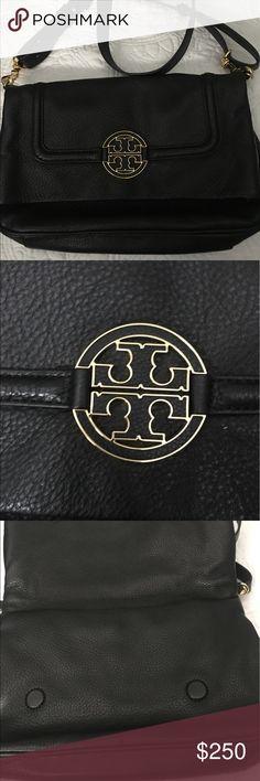 f5bb6fe9bea0 Tory Burch Amanda Foldover Messenger bag. Black. Tory Burch Amanda Foldover  Messenger bag.