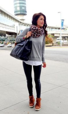 Airport Fashion | Sneaker Wedge