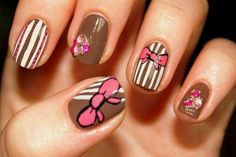 Hip Nail Art Ideas 2012 - Check out this gorgeous manicure parade for every nail shape and length. Draw some inspiration from these hip nail art ideas 2012 to start the preparations for next year's party season. Bow Nail Designs, Short Nail Designs, Simple Nail Designs, Beautiful Nail Designs, Bow Nail Art, Cute Nail Art, Nail Art 2014, Usa Nails, Uñas Fashion