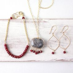 July is my birthday month!  I adore rubies, July's birthstone.  Here is a collection of beautiful rubies, set in elegant gold.