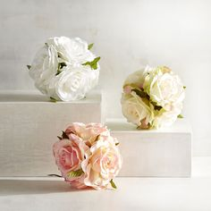 Create unique centerpieces and tablescapes with our handcrafted, decorative spheres. Mix and match, fill bowls or clear glass vases and enjoy.