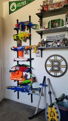So many nerf guns--so little time! So here are loads of fun ideas on nerf gun storage so you can get them off the floor and organized! Nerf Gun Storage, Ideas Dormitorios, Toy Rooms, Toy Organization, Bedroom Storage, My New Room, Kids Bedroom, Room Boys, Bedroom Ideas
