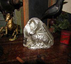 Primitive Antique Vtg Dealer Easter Bunny Tin Metal Rabbit Candy Mold #NaivePrimitive