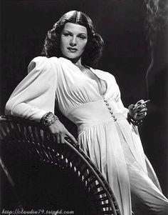 // V  . Rita Hayworth